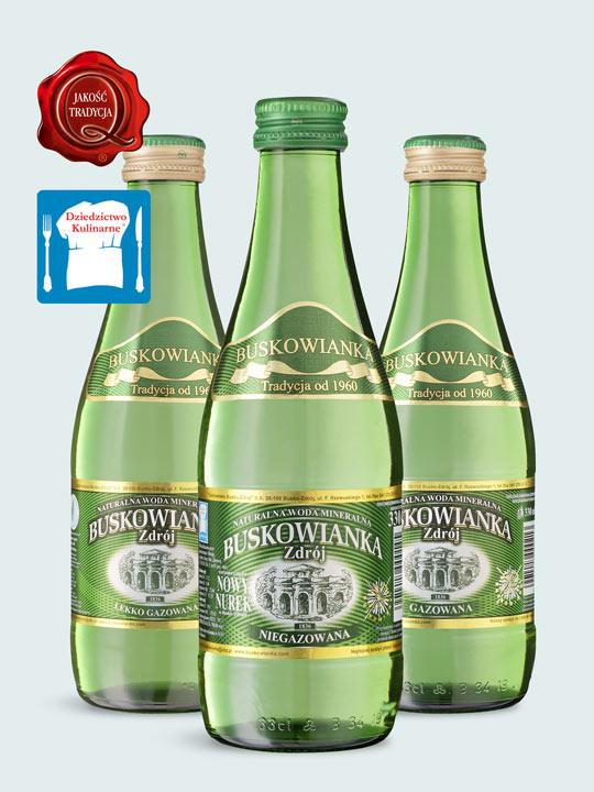 woda na eventy w szklanych butelkach zwrotnych